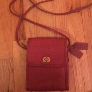 Coach Bags - Coach crisscross handbag